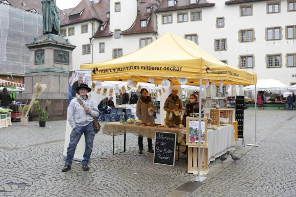 lambert-gmbh-goeppingen-elebe-deinen-markt-kampagne-stuttgart-wochenmarkt-event-vertreter