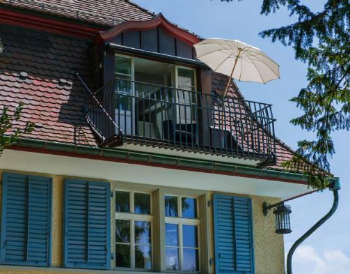 lambert-gmbh-goeppingen-sonnenschirme-gartenschirme-gastronomieschirme-grossschirme-glatz-holzschirm-alexo-balkon